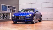 2018 Maserati Ghibli GranLusso GranSport Debut In The Metal :  MASERATI REVEALS THE NEW GHIBLI GRANLUSSO AND GRANSPORT AT CHENGDU MOTOR SHOW 2017  Maserati adopts a new range strategy with two distinct trims Ghibli GranLusso and Ghibli GranSport. Stylistic restyling for the best-selling Maserati vehicle in history. Adaptive full LED headlights power upgraded V6 twin-turbo engine Electric Steering and new Advanced Driving Assistance Systems.  Modena 28 August 2017 The star of the Maserati…