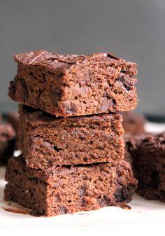 Healthy Double Chocolate Banana Bread Oat Bars - vegan & gluten free