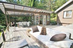 5 hurmaavaa terassia Outdoor Spaces, Outdoor Living, Outdoor Decor, Porch Garden, Backyard, Patio, Outdoor Projects, The Great Outdoors, Beach House