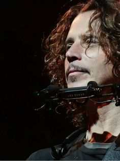 """""""A Friday in Dec & no show 2 go 2 😕missing TY 4 Oz tour photo credit"""" Chris Cornell, Seattle, Keep The Promise, Temple Of The Dog, Gone Too Soon, Pearl Jam, Most Beautiful Man, Music Artists, Jon Snow"""