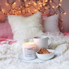 Fairy lights + cookies = perfection