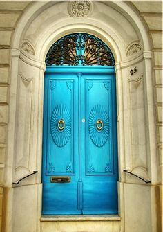 doors ~ Malta Door & Entryway inspiration The Gatz Grand Entrance, Entrance Doors, Doorway, Cool Doors, Unique Doors, Portal, Door Knockers, Door Knobs, Turquoise Door