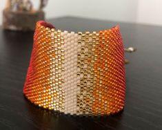 Ladrillo 2122 Cuff Bracelets, Beaded Choker, Bracelet Patterns, Bead Weaving, Handmade Jewelry, Chokers, Rose, Crochet, Loom Bracelets