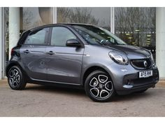 Used 2015 reg) Silver / Black Smart Forfour Hatchback Prime for sale on RAC Cars Smart Four, Small Electric Cars, Smart Brabus, Benz Smart, Small Cars, Future Car, Automotive Design, Scooters, Mobiles