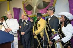 King of Argus Elton Lagasse welcome King Zulu Garren Thomas Mims, Sr. during festivities in Kenner's Rivertown to kick off Lundi Gras celebration, Monday March 3, 2014. (Photo by Ted Jackson, Nola.com | The Times-Picayune)