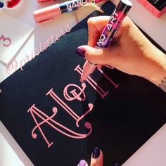 Aloha, Hello, Hi, magical words ☻ Upgrade your next chalk lettering project with Nanoart Rose Gold Chalk Markers # Chalkboard Lettering, Hand Lettering Tutorial, Hand Lettering Alphabet, Creative Lettering, Lettering Styles, Brush Lettering, Calligraphy Handwriting, Calligraphy Alphabet, Penmanship