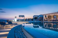 Early booking in De.light Boutique Hotel means a 30% off! Why not saving some to enjoy Mykonos even more! See all the details at https://goo.gl/Z0qqKT.   #mykonos #mykonosisland #greekislands #summer2017 #visitgreece #delighthotel #offer