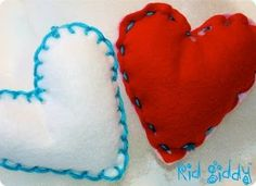The Kid Giddy Craft, DIY, Sewing, Recipe, Mom Blog by Kerry Goulder: Giddy Up Friday: Sewing for Beginners