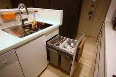 「キッチンのゴミ箱ってどうしてる?」収納アイデア実例まとめ♪ | リフォーム費用・価格・料金の無料一括見積もり【リショップナビ】