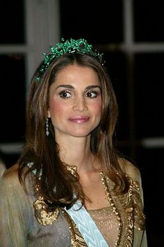 Queen Rania of Jordan wearing the emerald ivy tiara