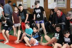 Présence de l'école Kick Boxing Pernois KBP venue assister à l'entraînement publique