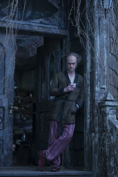 Lemony Snicket's A Series of Unfortunate Events Netflix Neil Patrick Harris Image 3 (27)