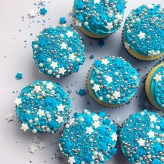 New Year's Eve sparkly cupcakes