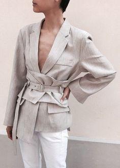 Fashion Gone rouge — Frankie Shop NY Modest Fashion, New Fashion, Fashion Looks, Fashion Outfits, Womens Fashion, Fashion Tips, Classy Outfits, Cool Outfits, Fashion Gone Rouge