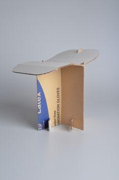 """Kartón - dětská židle, téma """"recyklace"""""""