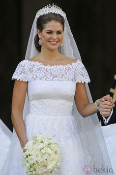 La Princesa Magdalena de Suecia con un vestido de novia diseñado por Valentino