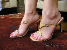 Výsledok vyhľadávania obrázkov pre dopyt feet girls