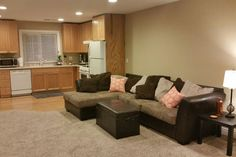 in Morgan Hill, United States. Our cozy loft has all of the amenities, and is in a convenient location. Our guests will enjoy central heating and cooling, full kitchen and laundry. Come and go as you please with your own private entrance.  Private entrance, comfortably sleeps u...