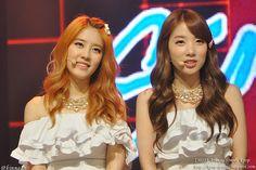 Rainbow NoEul and JiSook