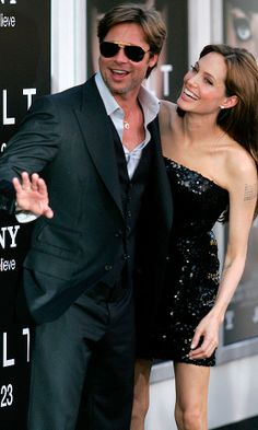 Angelina Jolie and Brad Pitt hit LA for the premiere of Angelina's latest film, Salt. Check out the newly beard-less Brad Pitt! Welcome back Brangelina! Angelina And Brad Pitt, Brad And Angie, Angelina Jolie Photos, Hollywood Celebrities, Hollywood Actresses, Actors & Actresses, Jennifer Aniston, Jolie Pitt, Angleina Jolie