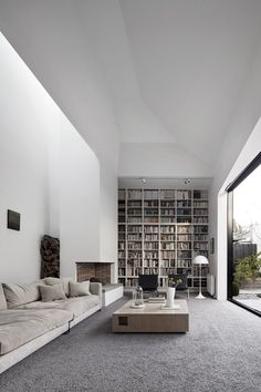 Coy Yiontis Architects / home inspo / modern / west coast modern / Scandinavian modern / library / gallery room / all white everything / indoor outdoor / #blocstudio