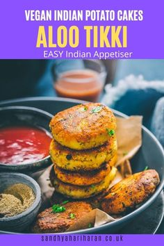 Delicious Indian Snack made with potatoes and a blend of spices.  Here's how I make Aloo Tikki effortless and perfect every single time. Use it for Chaat or enjoy as a stand alone appetiser #alootikki #indianstreetfood Aloo Recipes, Beef Recipes, Cooking Recipes, Thai Street Food, Indian Street Food, Indian Appetizers, Indian Snacks, Vegan Indian Recipes, Vegan Recipes