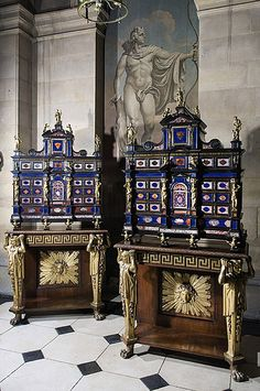 To be sold at Sothebys A pair of Italian pietrre dure and ormolu-mounted cabinets from the early 17th Century (pi...