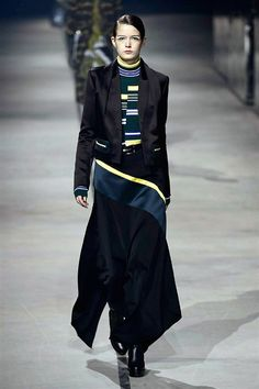KENZO AW2015 FACES Magazin http://www.faces.ch/runway
