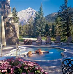 TOP 5 RESORT SPAS—CANADA  # 2.  FAIRMONT BANFF SPRINGS, ALBERTA    Overall Score: 93.2  Treatments: 92.2  Staff: 92.4  Facilities: 94.9    Treatment Rooms: 23  Basic Massage: $179