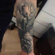 Tattoo white 3D Rose Hand