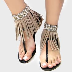 Bohemian Style Seed Bead Leather Fringe Anklet Accessory (Sold As Pair) - Black Bow Jewelry, Anklet Jewelry, Foot Bracelet, Ankle Bracelets, Boho Hippie, Bohemian Style, Toe Ring Designs, Gold Toe Rings, Indian Accessories