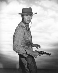 RAWHIDE (CBS-TV) Clint Eastwood as 'Rowdy Yates'