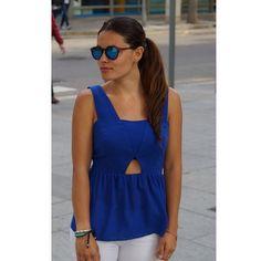 Blue day :) #streetstyle #blogger #travelling #brasil #shades #blue #latin  www.thetrendyhub.com