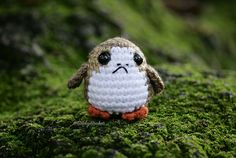 https://www.ravelry.com/patterns/library/porg-4
