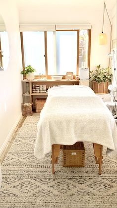 in Pop Society Massage Room Design, Massage Room Decor, Massage Therapy Rooms, Spa Room Decor, Beauty Room Decor, Home Spa Room, Spa Rooms, Beauty Treatment Room, Treatment Rooms