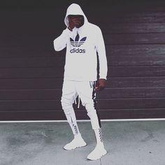 Reposting @wavediegostore: The New Wave . . . #streetwear #bape #pyrexclothing #offwhite #supreme #diamondsupplyco #crooksandcastles #thehundreds #3sixteen #10deep #kanati #billionaireboysclub #lrg #stussy #blvckscvle #dopecouture #huf #rebel8