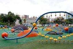 公園和廣場中的前衛遊戲| 新聞| 布宜諾斯艾利斯市-布宜諾斯艾利斯自治市政府 Modern Playground, Park Playground, Playground Design, Outdoor Playground, Kids Play Spaces, Kids Play Area, Landscape Elements, Landscape Design, Cool Playgrounds