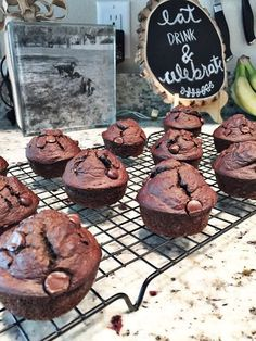 Hot chocolate with banana - Clean Eating Snacks 21 Day Fix Desserts, 21 Day Fix Snacks, Chocolate Banana Muffins, Banana Bread Muffins, 21 Day Fix Muffin Recipe, Cocoa, 21 Day Fix Breakfast, Chocolate Shakeology, Shakeology Mug Cake