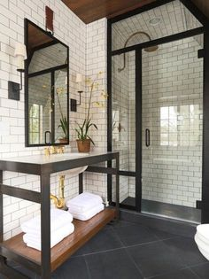 bathroom design and decoration design interior design interior design de casas Home Interior, Interior Design, Bathroom Interior, Art Deco Interior Bedroom, Bedroom Interiors, Country Interior, Interior Livingroom, Contemporary Interior, Interior Ideas