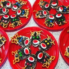 Reindeer bikkies ready for a whole school picnic tomorrow, thanks for the inspiration @themelbourneteachers! #christmas #reindeer#biscuits #teachinglife #tptdownunder #melbourne