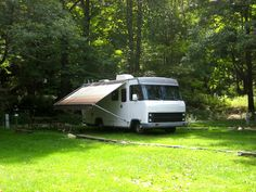 22ft Winnebago Chieftain Class-A motorhome. 1988. Fully renovated in 2008.