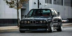 Black e30 m3, still one of the most rewarding driverscars ever build. Bring it on hot hatches!
