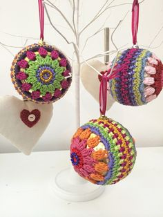 Crochet Christmas Bauble > christmas bauble > patterns > Patterns > Shop > Home > Janie Crow