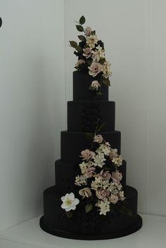 Black wedding cake designed by Victoria Made