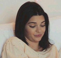 Memes Mood Kardashian 19 Ideas For 2019 Kardashian Memes, Kardashian Jenner, Kourtney Kardashian, Kendall Jenner Outfits, Kendall And Kylie Jenner, Foto Twitter, Twitter Icon, Gavin Memes, Current Mood Meme