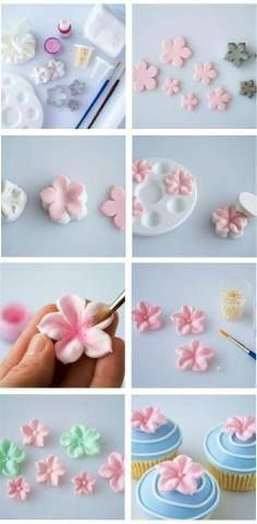 Trendy cake fondant ideas rose tutorial 34 ideas Trendy cake fondant ideas rose tutorial 34 ideasYou can find Fondant flowers and more on our webs. Fondant Cupcakes, Fondant Flower Cake, Fun Cupcakes, Fondant Baby, Sugar Paste Flowers, Icing Flowers, Buttercream Flowers, Cake Decorating Techniques, Cake Decorating Tutorials