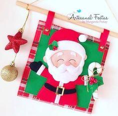 Christmas Stockings, Christmas Wreaths, Christmas Decorations, Xmas, Christmas Ornaments, Holiday Decor, Felt Crafts, Diy And Crafts, Garland Hanger