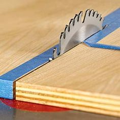 You don't have to settle for rough, splintered edges when cutting plywood. Nor do you have to wrestle large, awkward pieces while placing your back at risk. Just use these simple tricks to get great results.