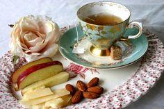 Правила этикета: как подать чай и кофе – Полезные советы