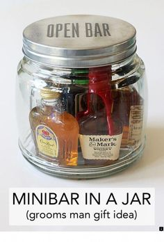 Best DIY Christmas gifts in a jar for coworkers, friends and family. These mason jar Christmas gifts for him and her are perfect as cheap homemade gifts that anyone would be happy to receive for the Holidays! Mason Jar Christmas Gifts, Christmas Gifts For Him, Christmas Gift Baskets, Mason Jar Gifts, Mason Jar Diy, Wine Gifts, Christmas Ideas, Christmas Holidays, Christmas Outfits